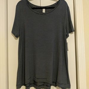 Old navy boat-neck swing tee